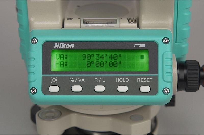 Máy kinh vĩ điện tử Nikon NE -103